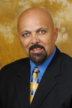Francisco Labrador