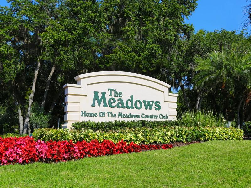 440 Meadow Lark Dr, Sarasota, FL 34236