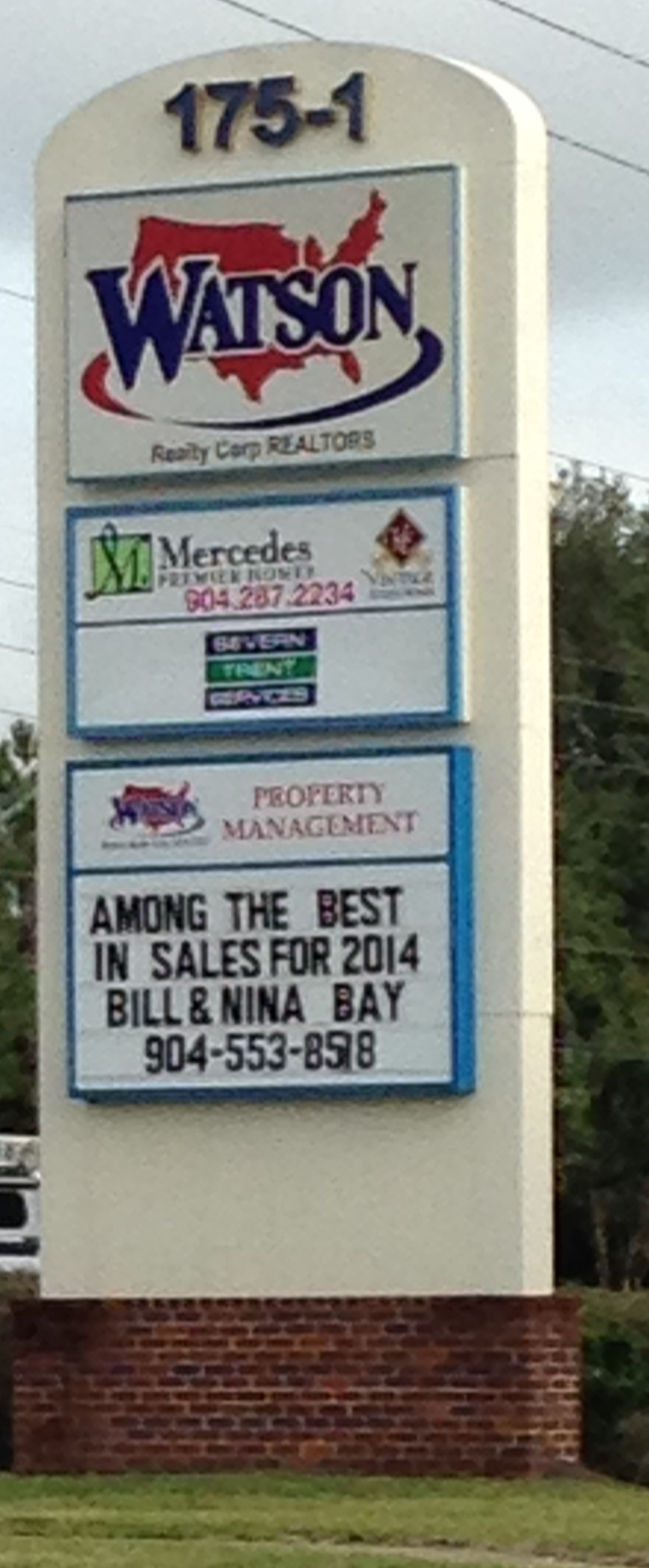 Big_sign_with_Best_in_Sales_for_2014.JPG