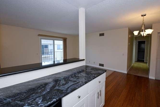 9105_E_Lehigh_Ave_68-small-Kitchen-666x445-72dpi.jpg