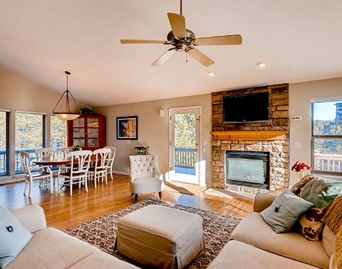2987_Sun_Creek_Ridge_Evergreen-print-006-15-Living_Room-2700x1802-300dpi.jpg