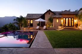 House_Pool_2.jpg