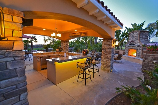 Outdoor_Kitchen2.JPG