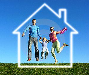 x_House_w_Family2.jpg