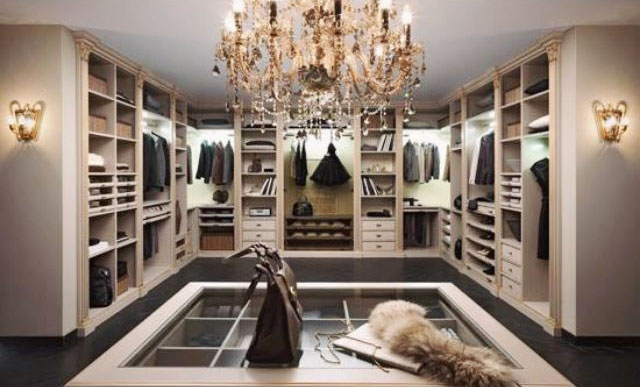 Luxury designer closet zimbabwe roselawnlutheran for Best walk in closets in the world