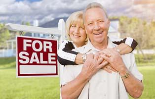 Senior_Couple_Selling_Home.jpg